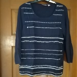 Chico navy blue top
